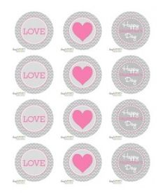 free printable: Valentines Day circle tags/toppers--grey chevron with pink, red or aqua hearts and text  {Dimple Prints}