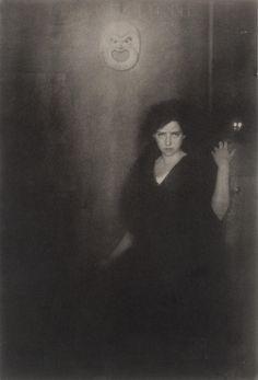Alfred Steiglitz, photo   1864-1946, USA   Melpomene, Landon Rives 1904