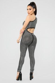 Shine Too Hard Rhinestone Jumpsuit - Black Embellished Jumpsuit, Evening Dresses Plus Size, Jumpsuit Pattern, Fashion Nova Models, Girl Fashion, Womens Fashion, Beautiful Lingerie, Black Jumpsuit, Skinny Legs
