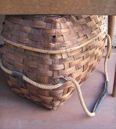 Vintage 1960s Picnic Basket