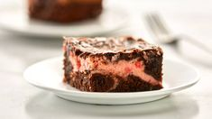 Cream cheese maraschino cherries and Betty Crocker Supreme original brownie mix create a trio of delight in this fudgy irresistible treat! The post Maraschino Cherry Cream Cheese Brownies appeared first on Daisy Dessert. Soften Cream Cheese, Cream Cheese Filling, Cream Cheeses, Flan, Scones, Best Ever Brownies, Delicious Desserts, Dessert Recipes, Bar Recipes