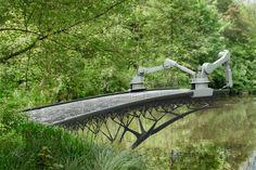 Gravity-defying 3D printer to print bridge over water in Amsterdam