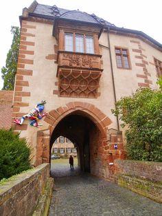Schloss Büdingen: In den Gemächern der Fürstenfamilie http://www.anderswohin.de/2014/10/schloss-budingen-in-den-gemachern-der.html