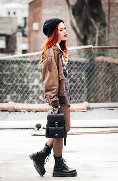 Grunge leather backpack winter outfits bag back to school brown jacket bean Tumblr Outfits, Grunge Outfits, Jean Outfits, Casual Outfits, Fashion Outfits, Punk Fashion, Hipster Shirts, Summer School Outfits, Outfits For Teens