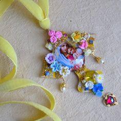 http://abominabilistempus.com/ Easter Inspiration. Kitsch Cross Pendant.