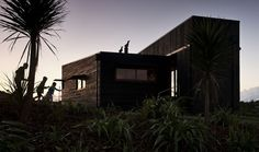 TUTUKAKA BEACH HOUSE by CROSSON CLARKE CARNACHAN ARCHETECTURE (AUCKLAND) Ltd:  The top 20 of New Zealand architecture | Idealog
