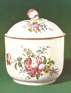 VERSAILLES - The Sèvres porcelain