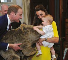 Prince  William, Prince George, Kate Duchess of Cambridge. 2014 Australia.