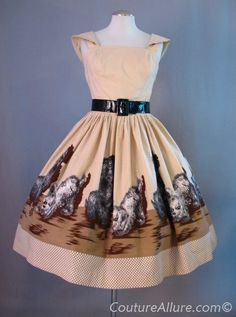 Vintage 50s Dress Full Skirt Cotton Puppy Poodle Print Small bust 37 at Couture Allure Vintage Clothing