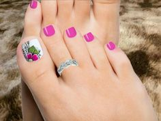 Ornate toenails for inhalation Pretty Pedicures, Pretty Toe Nails, Cute Toe Nails, Pretty Toes, Fancy Nails, Toenail Art Designs, Pedicure Designs, Pedicure Nail Art, Toe Nail Designs