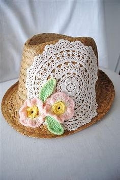 be-doilied hat