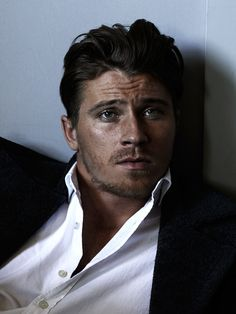 Garrett Hedlund Looks Hot on the Cover of Flaunt, Talks Brad Pitt and the Importance of Family | E! Online Mobile