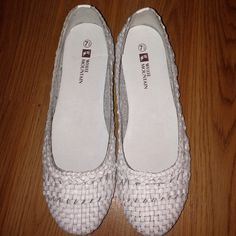 NEW flats Brand new!!!! Made out of leather White Mountain Shoes Flats & Loafers