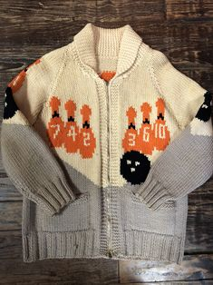Your place to buy and sell all things handmade Cowichan Sweater, Zip Sweater, Hunting Jackets, Wool Sweaters, Bowling, 1950s, Vintage Items, Mary, Zipper