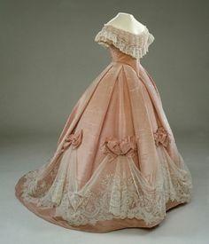 Costumes et sorties historiques: robes crinolines - Tweede empire - 1852 – 1870