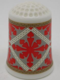 Double Heart circa 1850. The American Heirloom Quilt Collection. Franklin Porcelain. Thimble-Dedal-Fingerhut.