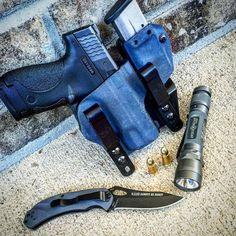 Pocket Dump Patrol Concealed Carry Men, Weapon Storage, Everyday Carry Gear, 9mm Pistol, Edc Knife, Edc Gear, Weapons Guns, Survival Gear, Tactical Gear