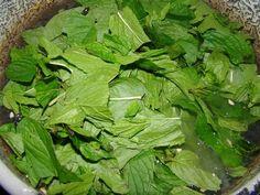 Menta szörp :: Ami a konyhámból kikerül Spinach, Vegetables, Drinks, Food, Mint, Drinking, Beverages, Essen, Vegetable Recipes