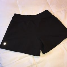 Lululemon shorts Perfect condition, I can't find the size dot but I'm pretty sure they're size 6 lululemon athletica Shorts