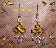 Pendientes / aros artesanales de alambre de aluminio y alpaca con cuentas facetadas . aros aretes pendientes caravanas . Handmade wire earrings