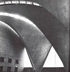 Detalle interior de la Iglesia de San Lorenzo (Santa Monica), Colonia Tlacoquemecatl del Valle, México DF 1960 Arqs. Fernando López Carmona y Félix Candela Foto. H. Beacham - Interior detail, Church of San Lorenzo (Santa Monica), Mexico City 1960