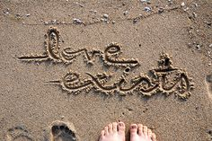 A fun image sharing community. Explore amazing art and photography and share your own visual inspiration! Beautiful Love Quotes, Life Is Beautiful, Witty Quotes, Great Quotes, Sand Writing, Wise People, Scripture Quotes, Favim, Love