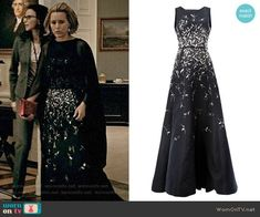Oscar de la Renta Sequin Applique Gown with black sheer top worn by Téa Leoni on Madam Secretary Lawyer Fashion, Student Fashion, Madam Secretary, Embellished Gown, Formal Gowns, Well Dressed, Mother Of The Bride, Elizabeth Mccord, Fashion Outfits
