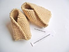 Crazy Easy Knit Baby Booties | AllFreeKnitting.com