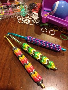 Perfect crochet hook grips with rainbow loom! Followed tutorial for pencil grips from the parenting channel