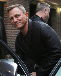「I'm getting my exam results back today in A level! I think I've done terrible, so I'm not expecting…」 James Bond Women, James Bond Actors, Daniel Craig James Bond, Daniel Craig Style, Daniel Craig 007, Rachel Weisz, Daniel Graig, Best Bond, Sean Connery