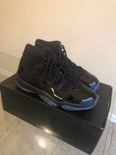 check out 04bec 09374 Jordan 11 Cap and Gown Prom Night Mens Size 10 triple black