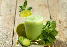 Este licuado es ideal para tomarlo antes de tu rutina de ejercicio debido a los ingredientes que contiene como kale,...