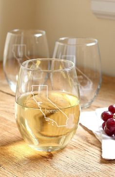 love these 'home state' stemless wine glasses http://rstyle.me/n/tpjqmr9te