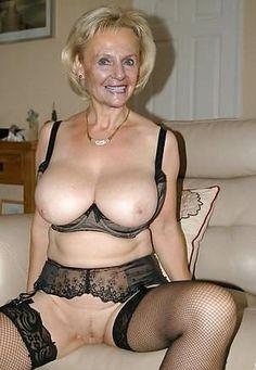 Mature big breasts lisa ann