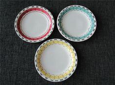 Annons på Tradera: 3 st assietter 18 cm. Picknick, Marianne Westman.
