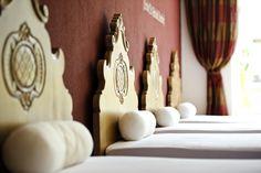 Spa und Wellness Urlaub im Stubaital. Spa, Wellness, Candles, Vacation, Candy, Candle Sticks, Candle