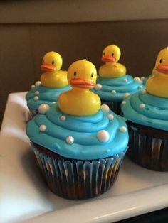 Duck Cupcakes, Baby Shower Cupcakes For Boy, Idee Baby Shower, Baby Shower Sweets, Cupcakes For Boys, Shower Bebe, Baby Shower Cakes, Baby Shower Gifts, Birthday Cupcakes