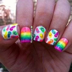day twenty-one: flip flops. 💗💛💚💙💜😊 ugh, & of course my camera wouldn't pick up the neons with the handpose, lol. Beach Nail Art, Beach Nail Designs, Beach Nails, Toe Nail Designs, Nails Design, Rainbow Nails, Neon Nails, Love Nails, Pretty Nails