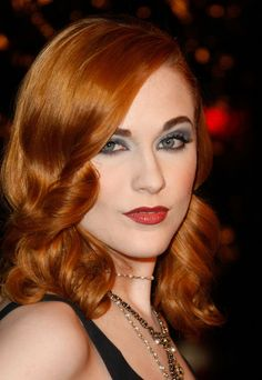 "Evan Rachel Wood Photos Photos: Premiere Of Fox Searchlight Pictures' ""The Wrestler"" - Arrivals Stunning Women, Beautiful Models, Evan Rachel Wood Westworld, Darren Aronofsky, Rockabilly Hair, Scarlett, Gorgeous Redhead, Strawberry Blonde, Pretty Makeup"