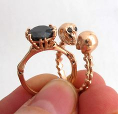Punk Rock- Till Death do us Part - Art Deco Wedding Ring Set - Skeleton Diamond Ring - Skull Wedding band Gold Black Diamond Engagement Ring Gothic Engagement Ring, Black Diamond Engagement, Engagement Ring Settings, Skull Wedding Ring, Art Deco Wedding Rings, Wedding Band, Diamond Eyes, Diamond Art, Skull Jewelry