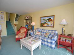 Ocean Grove X1 West a 4 Bedroom Oceanfront Rental Condo in Pine Knoll Shores, part of the Crystal Coast of North Carolina. Includes Private Pool, Hi-Speed Internet