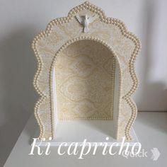 Oratório em mdf, 40x30 #cuiaba #kicapricho #fe #oracao #tecido #pérolas #religião #mdf #oratório - kicaprichoarte