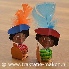 DIY:  Zwarte Pieten made with suckers
