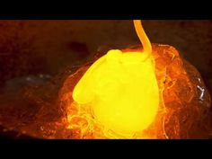 Real 4K HDR 60fps: Sony Glass Blowing Demo for Bravia A1E OLED in HDR (C...
