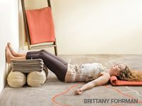 Restorative Yoga Sequence: Viparita Karani (Legs-up-the-Wall Pose), variation Yin Yoga, Yoga Bewegungen, Yoga Moves, Vinyasa Yoga, Yoga Meditation, Yoga Exercises, Buddhist Meditation, Iyengar Yoga, Ashtanga Yoga