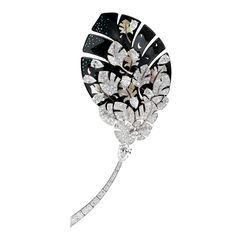 Vintage Jewelry Art Chanel launched the latest version of the Plume de Chanel series - Gems Jewelry, High Jewelry, Pandora Jewelry, Luxury Jewelry, Modern Jewelry, Stone Jewelry, Jewelry Stores, Jewelry Art, Jewelry Gifts