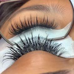Wispy Eyelashes, Perfect Eyelashes, Natural Eyelashes, Mink Eyelashes, Eyelash Extensions Salons, Volume Lash Extensions, Natural Looking Eyelash Extensions, Individual Eyelash Extensions, Schönheitssalon Design
