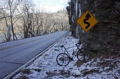 """Glad those cold days are nearly gone @strawfoot do great saddle wraps.  #snow #ice #roadlikethese #keepexploring #letsgosomewhere #asheville #mountains…"""