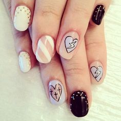 Beautiful nail art designs that are just too cute to resist. It's time to try out something new with your nail art. Sexy Nails, Love Nails, How To Do Nails, Pretty Nails, Fun Nails, Crazy Nails, Black Nails, Nail Swag, Nail Art For Beginners