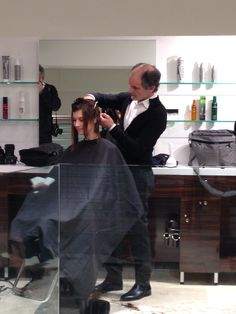 In the middle of a #mariomakemeamodel Semi-Finalist Mario Tricoci makeover!
